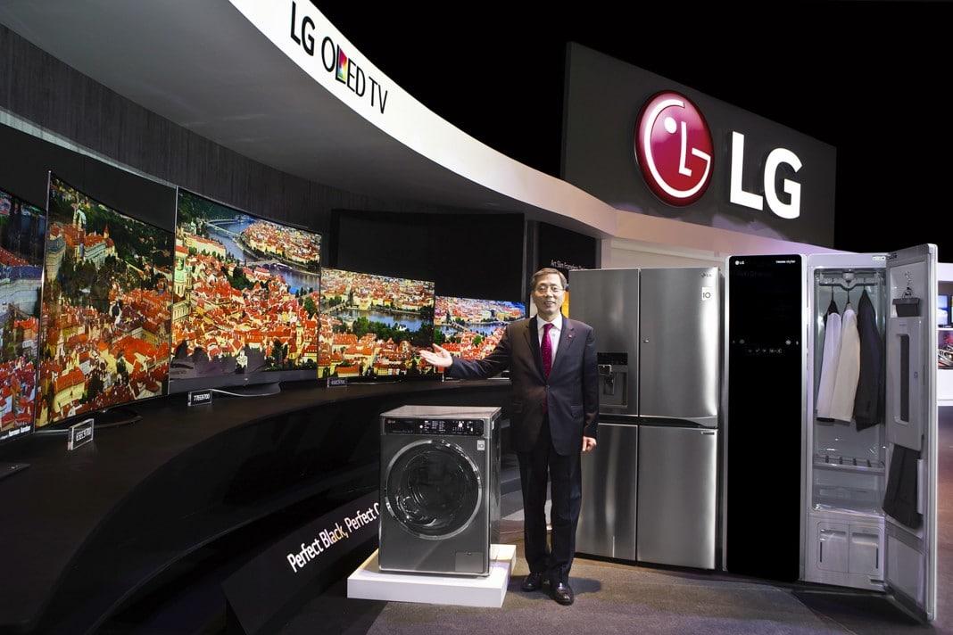 LG präsentiert 4K-OLED-TV-Line-up auf der Innofest 2015 in Lissabon