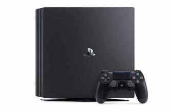 PS4 Pro günstig kaufen: Konsole im Angebot zum Preis von 319,99 Euro
